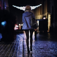 Donna Sola Nella Notte